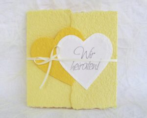 Weiss auf gelb
