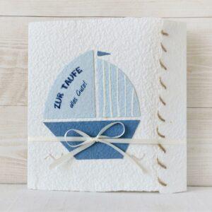 Handgemachte und personalisierbare Glückwunschkarte Segelboot blau