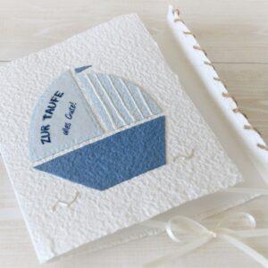 Handgeschöpfte und personalisierbare Glückwunschkarte Segelboot zur Taufe, Kommunion und Konfirmation