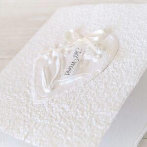 Handgemachte und personalisierbare Glückwunschkarte zur Hochzeit