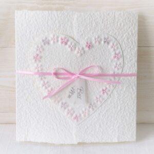 Handgemachte und individualisierbare Muttertagskarte Blumenherz